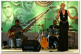 Faye with her band at the 2004 BRC Gala.